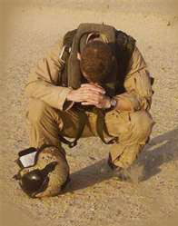 Soldier-Praying