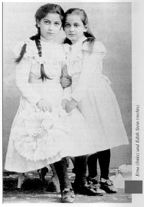 Edith and her older sister Else.