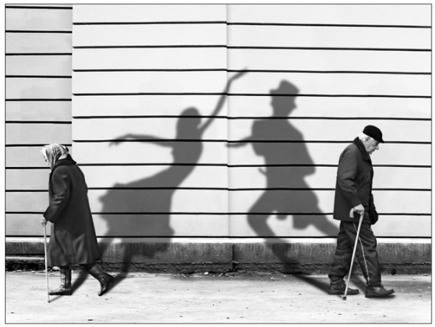 two people_shadows