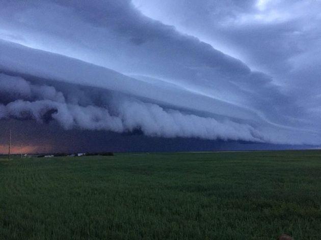 Wichita wall cloud (4/15/2015) Photo credit